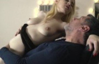 Facial cum for sexy Teen Getting Fucked By grandpa at the salon