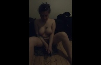 THE TIREDNESS. Orgasm torture and facial cumshot. She's very tired.