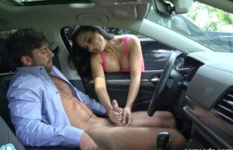 CAMSODA - DICK FLASH! MILF CATCHES YOUNG GUY JERKING OFF IN PUBLIC AND HELP